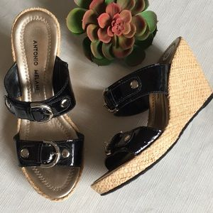 🌷Black Wedge Sandals